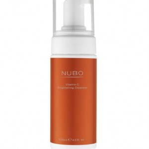 NuBo Vitamine C Brightening Cleanser