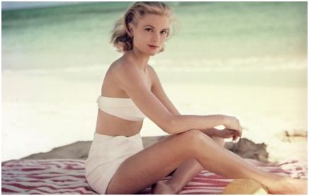 grace kelly at the beach