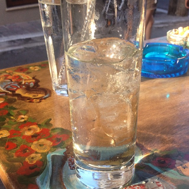 Nothing beats a refreshing #spritzer #paleochora #agios #bar