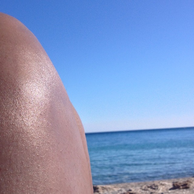 It's burning hot. #anidri #beach #crete