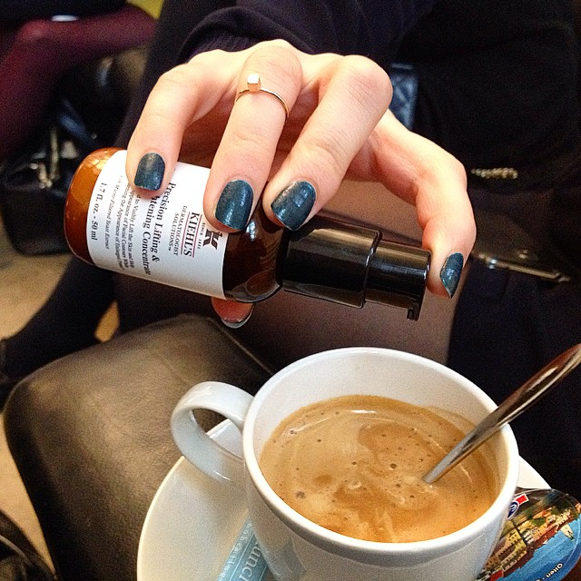 Coffee with survival serum. Fake it till you make it! ? #coffee #kiehlsinnovations #serum #antiaging #pores #brightening #tigthening #elixir #lifesaver #beautynews #latergram
