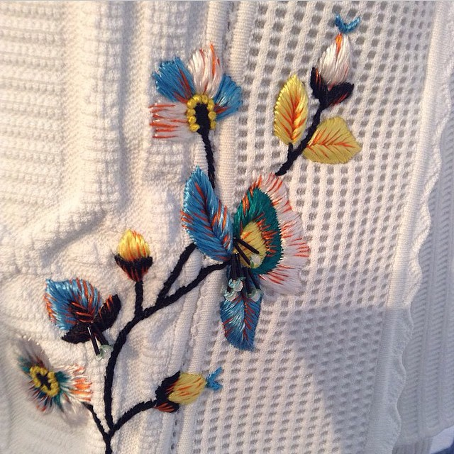 Beautiful #embroidery #dior #ss15  @georgettekoning