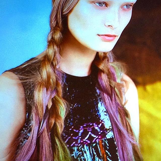 I love #instamatic #insidewella #hairtrends watch #beautyjournaal soon, i did it too!