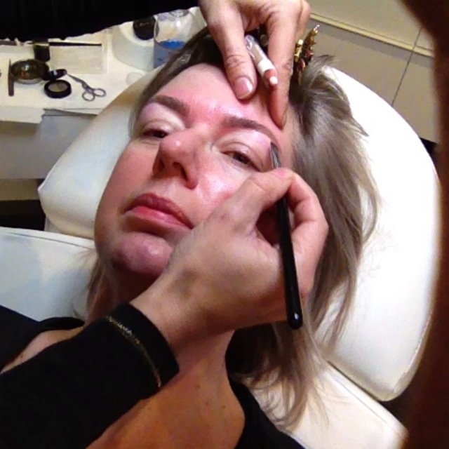 #selfielapse getting my eyebrows done at @thebrowfactory in #amsterdam by elise bregard