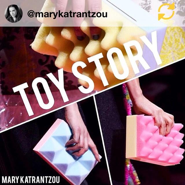 RG @marykatrantzou: #toystory #foam #clutch #pink #babyblue #yellow #marykatrantzou