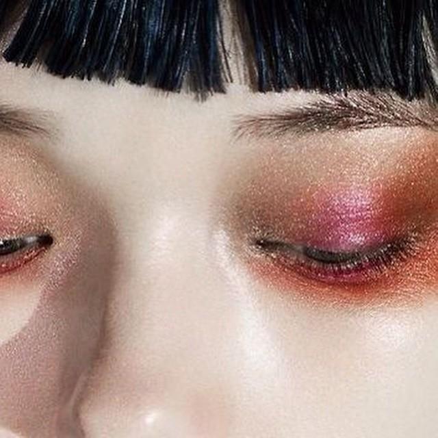 Shades of grenadine #spring #eyemakeup #instabeauty #inspiration #beautyjournaal