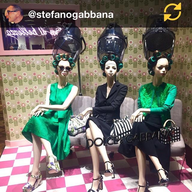 RG @stefanogabbana: Dolce&Gabbana C.so Venezia Milano ?? mi ricordo mia mamma