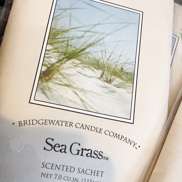 Hmmm love that! @bridgewatercandlecompany #seagrass #scented #sachets #fragrance