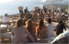 bruiloft heiting op strand ibiza