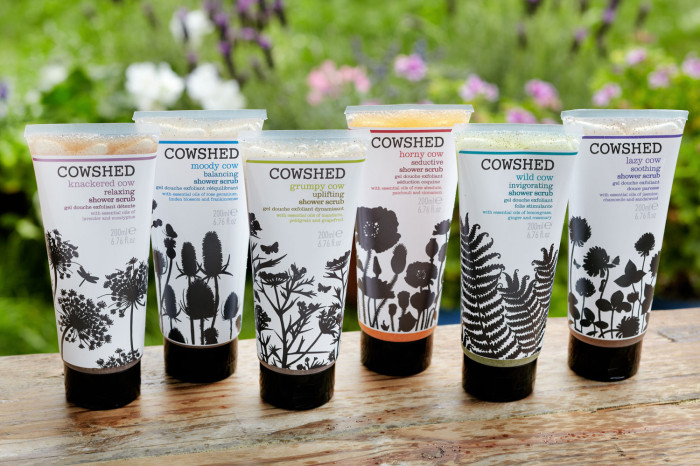 image_portrait_Cowshed_shower-scrubs-ambiance