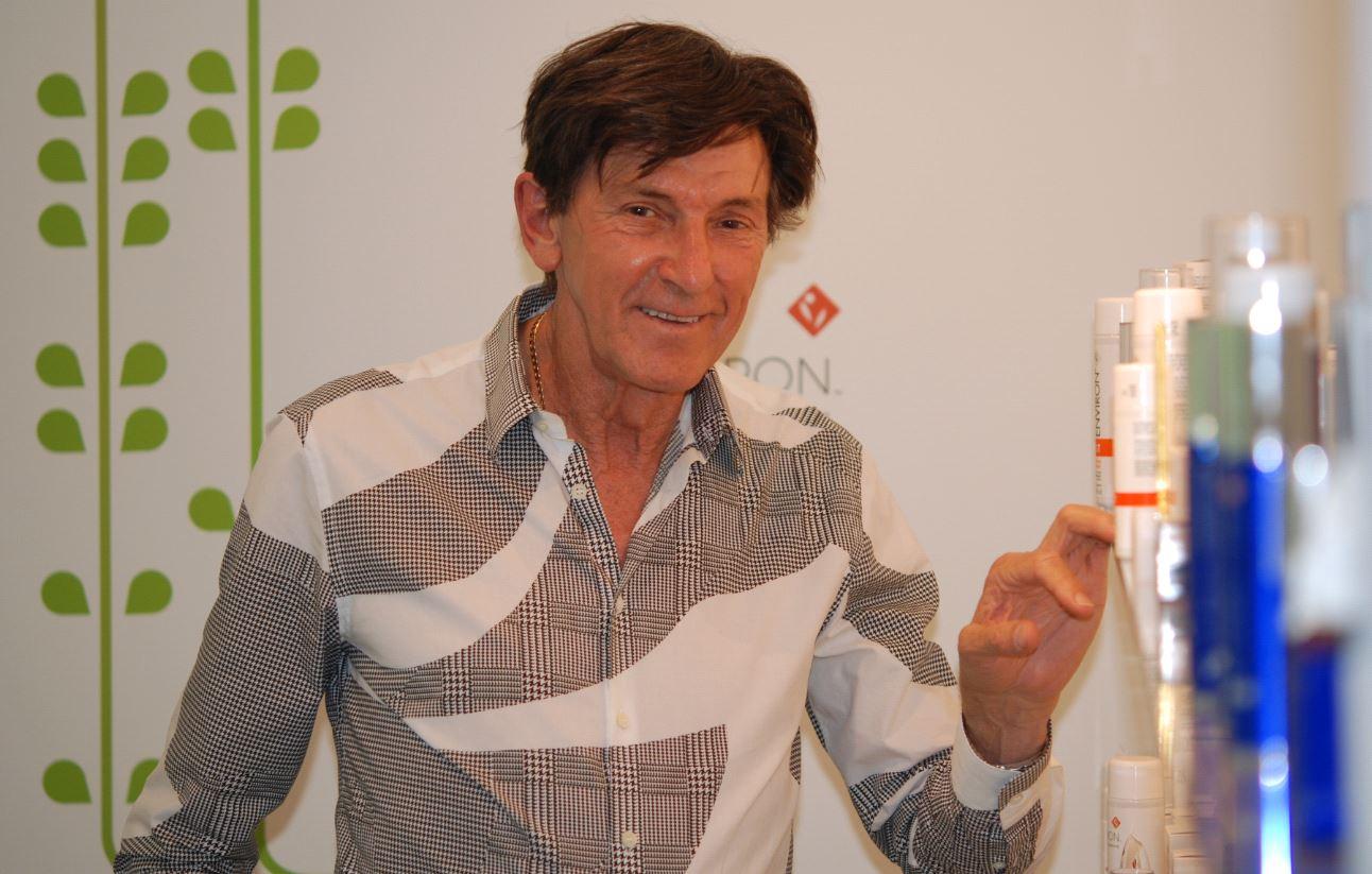desmond fernandes, founder of environ. Dit merk is helemaal opgebouwd rond vitamine A.