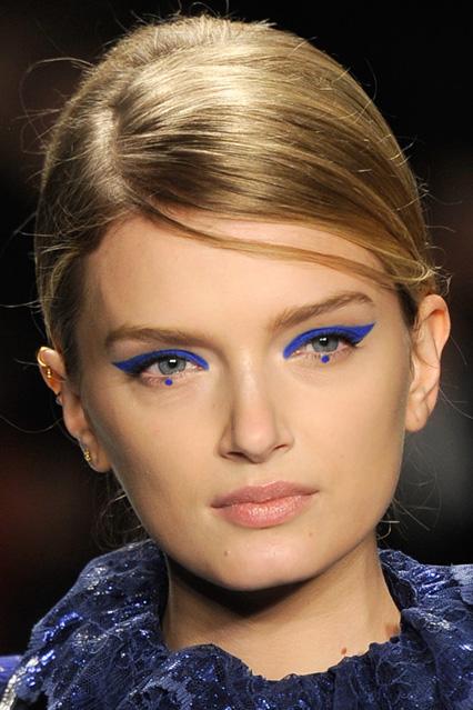 Dot Eyeliner Blue