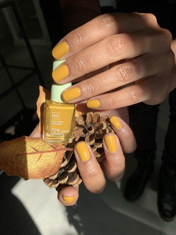 gele nagellak