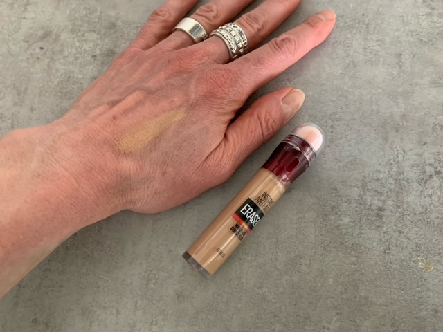 maybelline anti age eraser