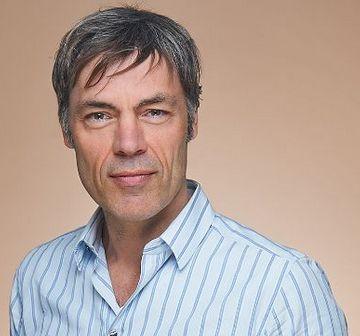 dr. Frank Niessen